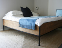 Design: four-post bed